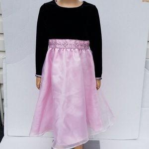 Gently used girls holiday dress